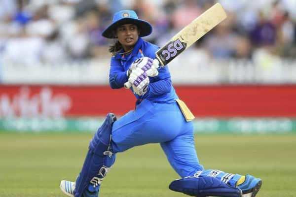 200 ஒருநாள் போட்டிகளில் விளையாடி ஒரே பெண்: மிதாலி ராஜ் சாதனை!