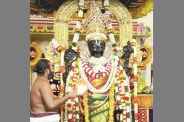 அத்திவரதர் உற்சவத்தை நீட்டிக்கக்கோரி உயர்நீதிமன்றத்தில் முறையீடு!