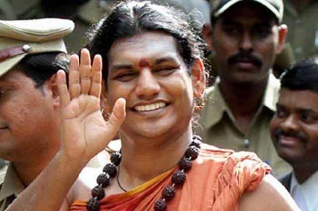 நித்தியானந்தா மீது குஜராத் போலீஸ் வழக்குப்பதிவு
