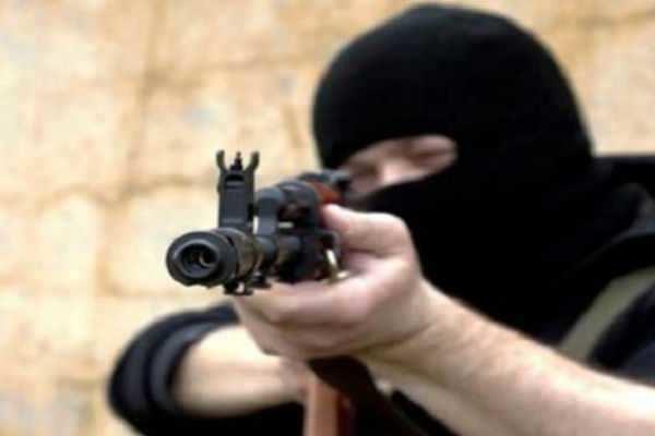 ஏமன்: மசூதியில் துப்பாக்கிச்சூடு; 5 பேர் பலி !