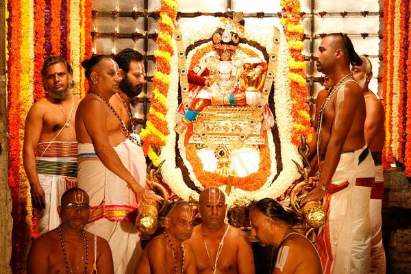 தேவர்கள் கலந்துக் கொள்ளும் திருப்பதி பிரம்மோற்சவம்