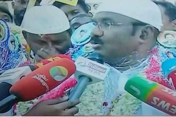 தேர்தல் பறக்கும் படை தூங்கும் படையாக செயல்படுகிறது: அமைச்சர் ஜெயக்குமார்