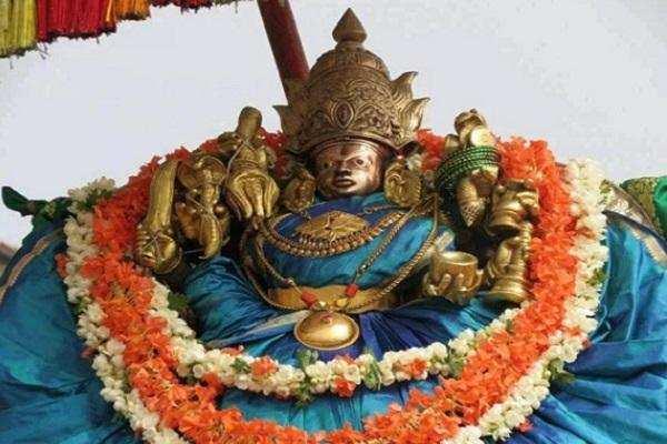 மைசூர் தசரா திருவிழாவின் புராணப் பின்னணி