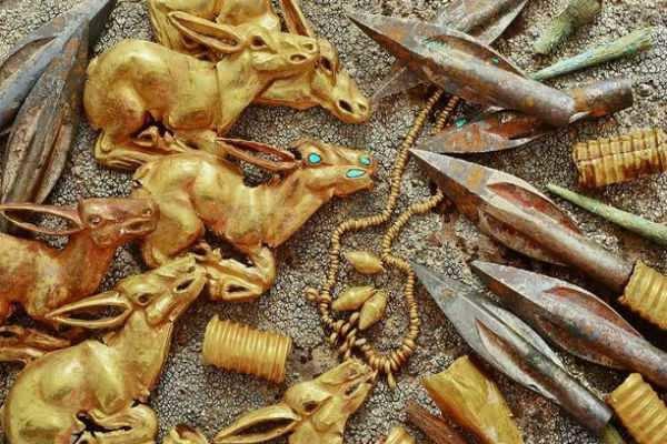 தோண்ட தோண்ட தங்கப் புதையல்: 2,800 ஆண்டுகள் பழமையானது