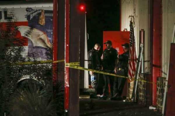டெக்சாஸ்: துப்பாக்கிச்சூட்டில் 2 பேர் பலி!