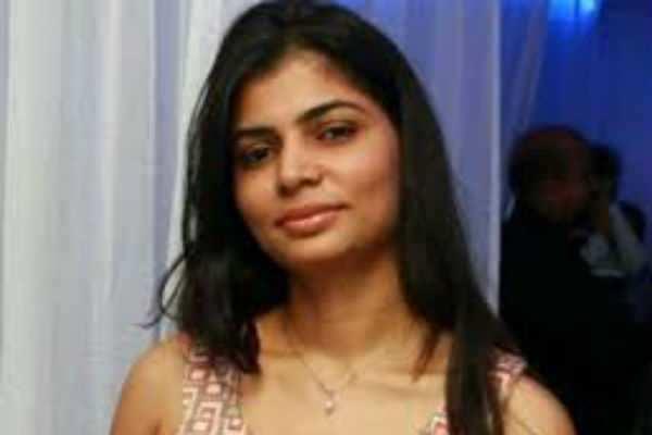 சமரசமான ராதாரவி! மீண்டும் களமிறங்கிய சின்மயி!