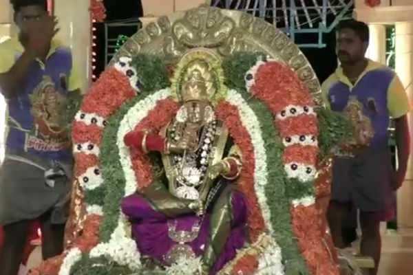 சமயபுரம்அருள்மிகுமாரியம்மன்கோயில் சித்திரை தெப்பஉற்சவம் !