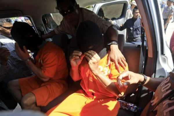 இந்தோனேசியா: தப்பிச் சென்ற 36 கைதிகள் மீண்டும் கைது; 77 பேரை தேடும் பணி தீவிரம்